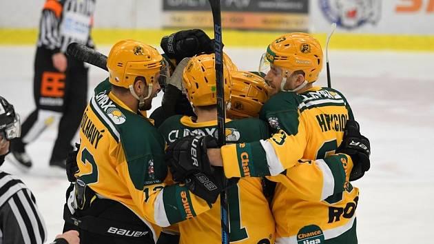 Hokejisté Vsetína proti Benátkám nad Jizerou potvrdili roli favorita.