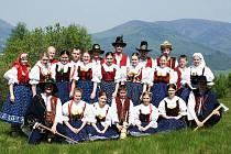 Folklorní soubor Troják z Valašské Bystřice slaví letos (2011) dvacáté výročí založení.