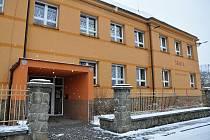 Základní škola v Ratiboři.