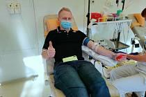 Čtyři hokejisté Vsetína ve středu darovali krevní plazmu