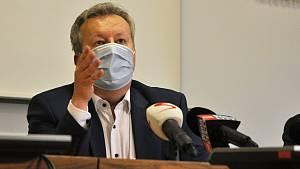Znečištěná Bečva a tisková konference k problémům - 2. 12. 2020