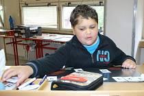 Devítiletý Matěj Šafařík má za sebou už čtyři velké operace mozku. Těch menších prodělal nepočítaně.