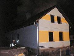 Požár domu v Hošťálkové