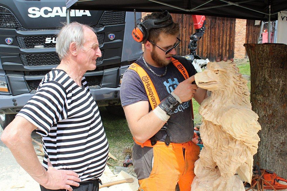 Na soutěž Prlovský drvař se v sobotu 11. května sjelo 32 soutěžících a stovky návštěvníků. Užili si bohatý doprovodný program.