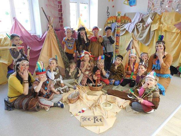 Mateřská škola ve Študlově má kapacitu pouze pro patnáct dětí. V celorepublikové soutěži Nej školka vybojovala šesté místo z dvaaosmdesáti přihlášených školek.