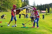 Zábavná neděle (nejen) s golfem ve Velkých Karlovicích