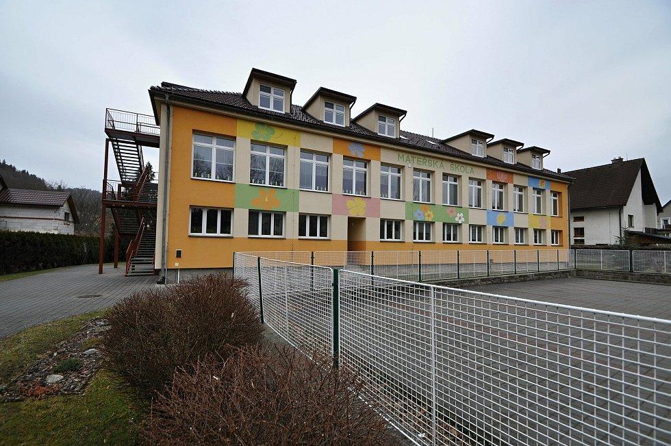 Hovězí - mateřská škola.