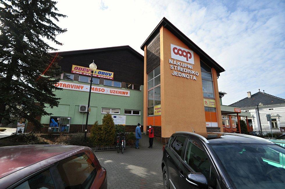 Nový Hrozenkov - obchodní centrum COOP Jednota.