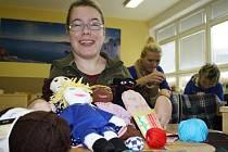 Co vše je potřeba pro výrobu jedné panenky