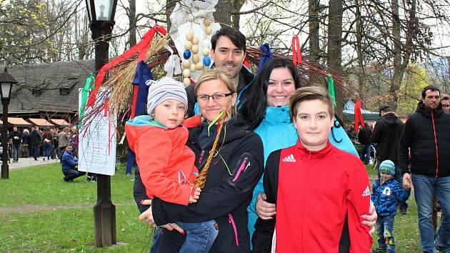 3bceb34e7e0 První den třídenního programu Velikonoce na Valašsku ve Valašském muzeu v  přírodě v Rožnově pod Radhoštěm ...