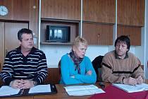 Rožnovští opoziční zastupitelé na své včerejší konferenci vyjádřili své mínění o prodeji golfového areálu.