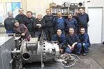 Motorový vůz M 290.002 známý jako Slovenská strela se dočkal v letech 2018-2020 opravy. Hnacího agregátu se ujala firma Mezopravna Vsetín. Pohon po úspěšných zkouškách 6 - kolektiv pracovníků opravny.