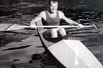 Dnes už devadesátiletý rychlostní kanoista Jan Matocha pochází ze Střelné. V pěti letech se s rodinou přestěhoval do Bratislavy.