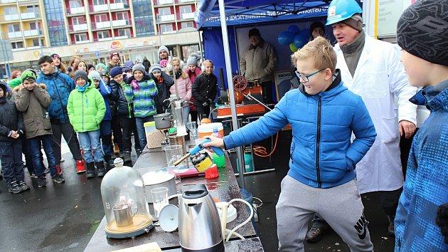 Smokemanova show lákala děti i dospělé