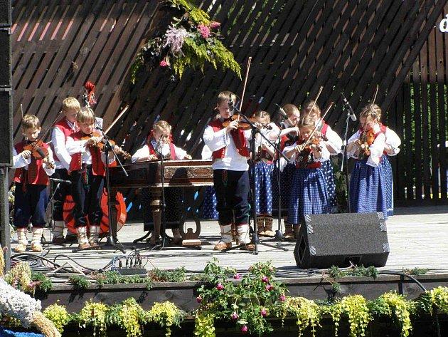 Malý Jaloveček patří k nejmladším cimbálovkám v České republice.