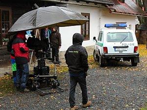 Filmaři natáčí ve Velkých Karlovicích volné pokračování seriálu Doktor Martin