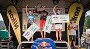 Triatlonový závod VALACHY MAN - ženy na stupních vítězů.
