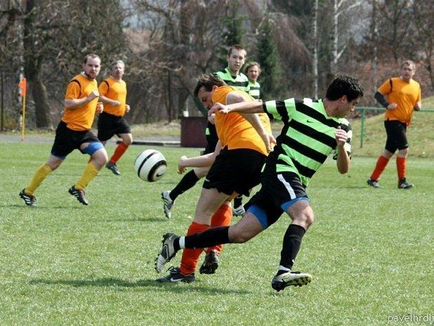 V utkání vsetínské III. třídy Kelč B – Podlesí vyhráli domácí 1:0.