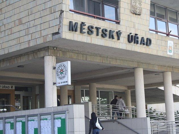 Městský úřad ve Vsetíně. Ilustrační foto.