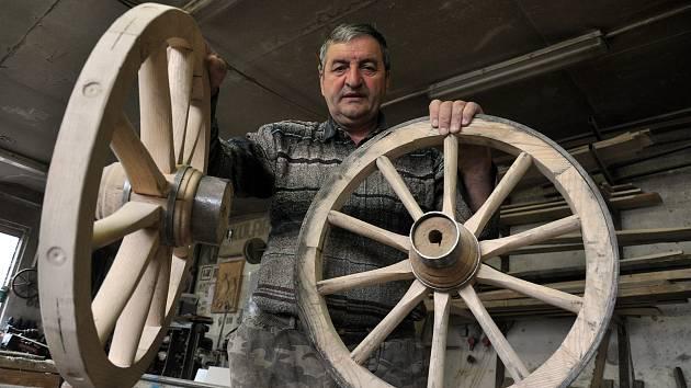Kolář Augustin Krystyník z Nového Hrozenkova se stal Řemeslníkem roku 2019.