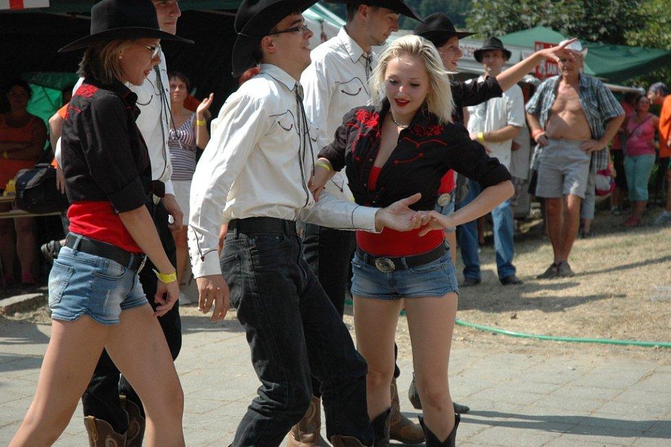 Festivalu country a bluegrassové hudby Starý dobrý western. Ilustrační foto.