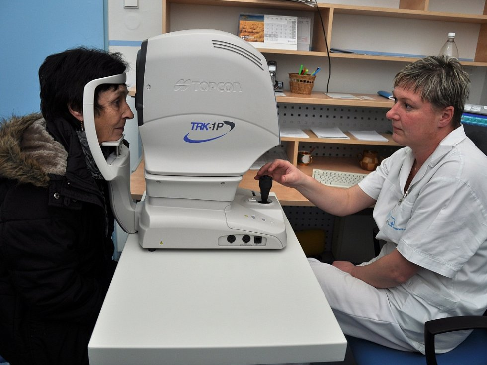 Ve Valašském očním centru byl v úterý 18. prosince 2012 Den otevřených dveří. Lidé měli možnost si moderní prostory prohlédnout a zdarma si nechat vyšetřit zrak.