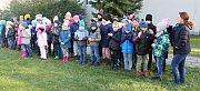 Lidickou hrušeň vysadili ve středu 28.11.2018 na zahradě ZŠ Žerotínova ve Valašském Meziříčí.