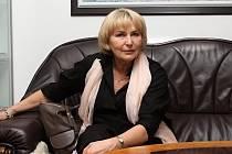 Slavná herečka Eliška Balzerová se do svého rodného Vsetína vrací ráda.