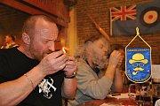 Patnáctého ročníku mistrovství Valašska v pomalém kouření dýmky se v sobotu 18. března 2017 ve Valašském Meziříčí zúčastnilo 55 dýmkařů.