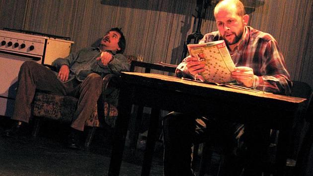 Herci Divadla v Lidovém domě připravují pod vedením režiséra Marcela Sladkowského hru irského autora Martina McDonagha Osiřelý západ.
