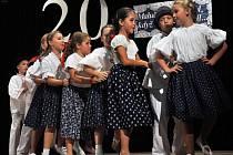 Valašský folklorní soubor Troják z Valašské Bystřice slavil v sobotu 20. výročí svého založení