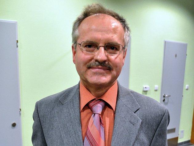 Herec a režisér Divadelního souboru Chaos z Valašské Bystřice Josef Rýdl