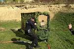 Strážníci rožnovské městské policie mají za sebou úspěšné tažení střeleckými soutěžemi v letošním roce (2018). Ziskem jednoho prvního, pěti druhých a dvou třetích míst potvrdili svou vysokou střeleckou úroveň. Na snímku: Igor Tesárek