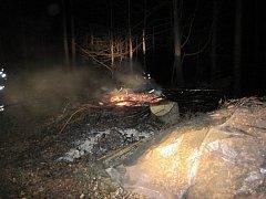 Požár v lese u Valašské Bystřice; neděle 3. dubna 2016