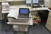 Nové přístrojové vybavení za více než čtyři sta tisíc korun pořídila Vsetínská nemocnice pro oddělení následné péče.