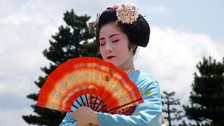 Japonci chodí s cizinci