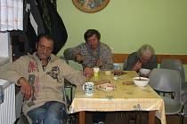 V noclehárně meziříčské Charity včera přespalo v sedě sedm bezdomovců.
