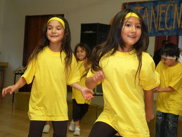 Soutěž romských tanečních skupin ve Vsetíně