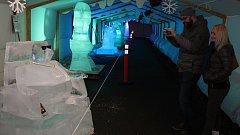 Dvacátý ročník mezinárodního sochařského sympozia Ledové a sněhové království v Rožnově pod Radhoštěm