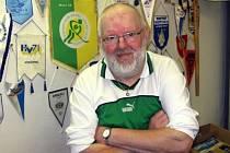Zdeněk Markytán, rodák ze Vsetína pracuje pro domácí hokejový tým už více než čtyřicet let.