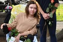 Marianka, která je hlavní hrdinkou hudebního klipu valašské rockové kapely STRAM k písni V náručí; Bystřička, sobota 19. září 2020