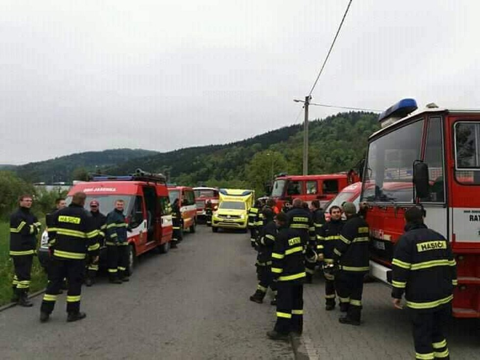 V neděli 12. května 2019 před 16. hodinou pátralo ve Vesníku u Vsetína po ztraceném dvouletém chlapci 15 jednotek hasičů. Chlapce našli po hodině v pořádku.