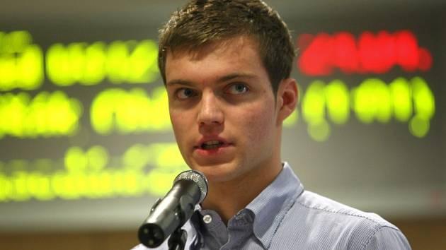 Jednou z vůdčích osobností studentů byl Michal Najman (na snímku). Ani jeho argumentace ale nepomohla.
