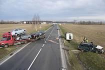 Hromadná dopravní nehoda se stala ráno mezi Valašským Meziříčím a Hustopečemi n. B.