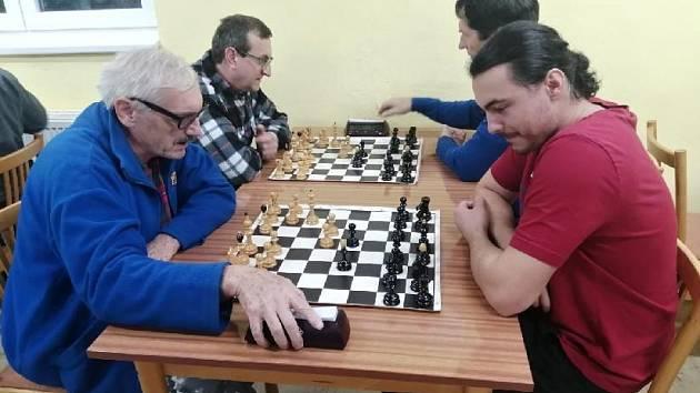 Lapač hostil čtvrtý Vševalašský gambitový turnaj