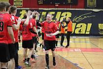 Extraligoví házenkáři Zubří (v červeném) ani v odvetě na výhru a překvapení v rámci čtvrtfinále Evropského poháru ve Slovinsku nedosáhli. Po porážce 24:28 končí před semifinálovými branami.