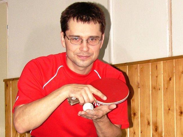 Tradiční opora stolních tenistů Vsetína Dan Ondryáš.