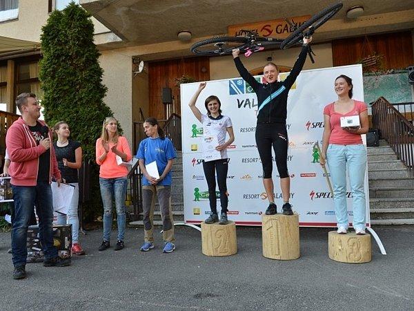 Valachy Tour 2013.Absolutní vítězky vkategorii ženy.