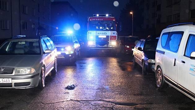 Rožnovští hasiči testovali ve spolupráci s městskou policií průjezdnost sídlišť. Vyrazili také do sídliště Láz.