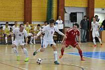 O prvenství se česká jedenadvacítka utkala s Maďarskem. Češi soupeře přehrávali, ale padli na penalty.